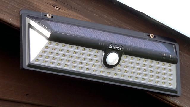 100 Solor LED Light
