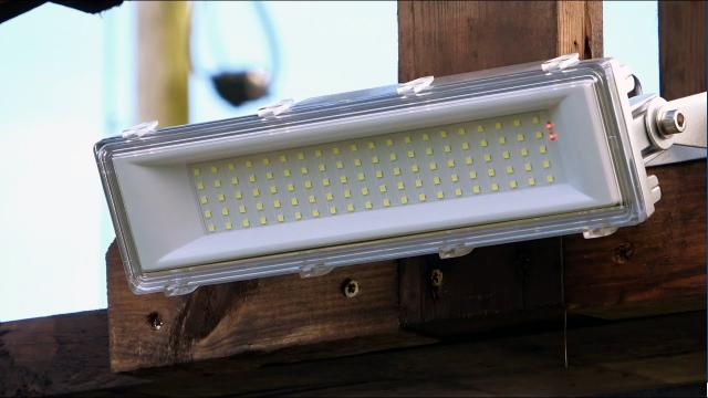 200W LED Light With Separate  Solar Panel