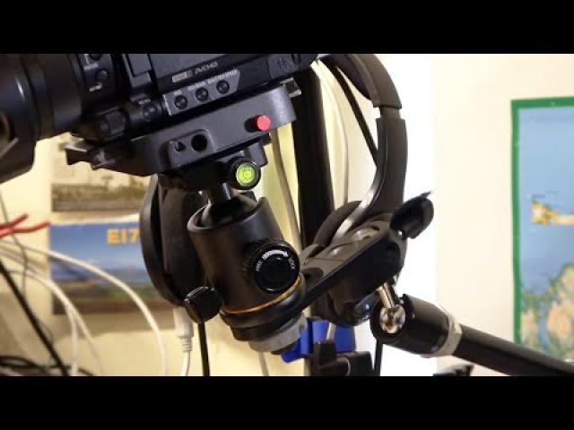 Andoer Camera Tripod Ball Head Ballhead with Quick Release Plate