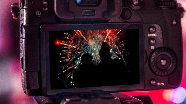 How to FILM FIREWORKS - Tips for Video with NO NOISE