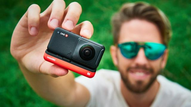 INSTA 360 ONE R TWIN EDITION REVIEW (best action cam 2020?)