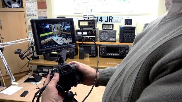 Neewer F100 7 inch 1280x800 IPS Screen Camera Field Monitor